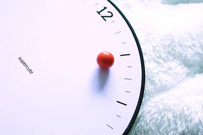 นาฬิกาลูกบอลแม่เหล็ก Time Flying Magnetic Ball clock