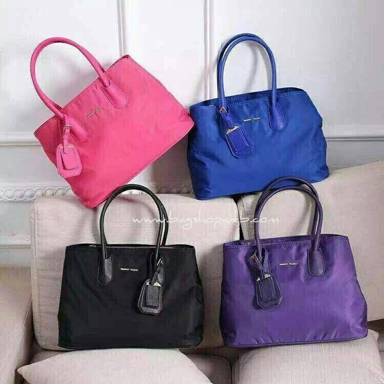 กระเป๋าถือ/สะพาย Mango Nylon Bag สวยหรู ดูดี กระเป๋าทำจากผ้าไนล่อน แต่งโลโก้สีทอง ทรง Tote รุ่นใหม่ล่าสุดออกแบบสไตล์ Prada รุ่นยอดนิยม