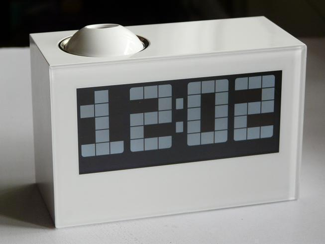 นาฬิกาโปรเจคเตอร์ HighStar