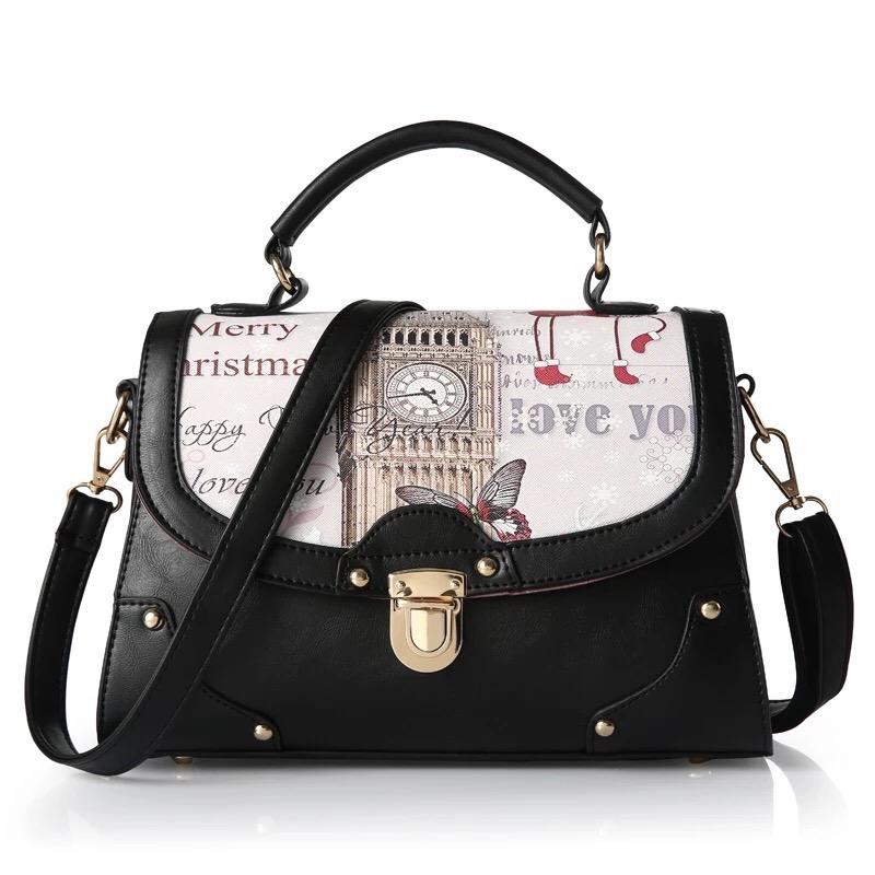 กระเป๋าสะพายข้าง Panoramic Flap รุ่น BB0152 สีดำ