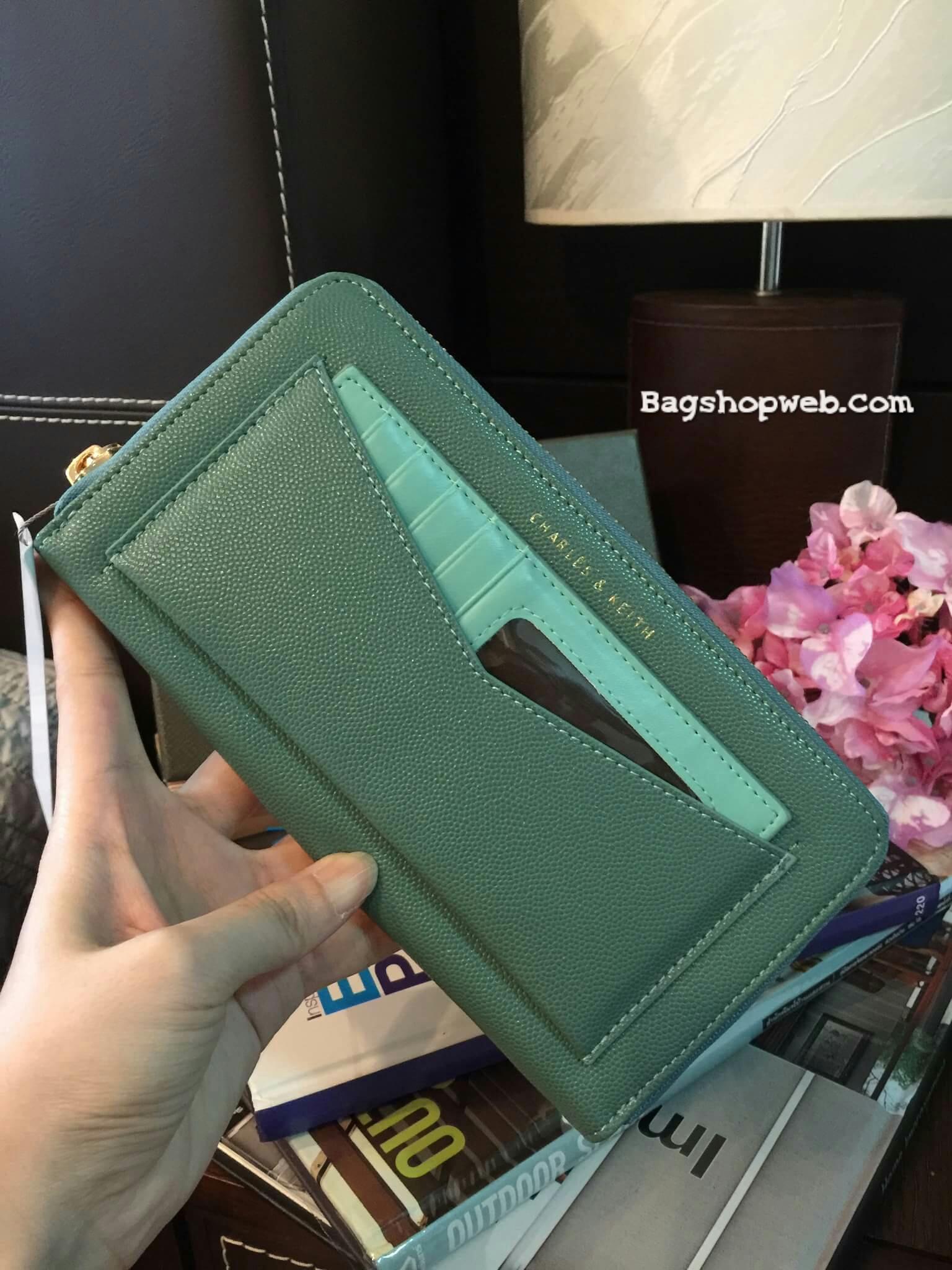 กระเป๋าสตางค์ใบยาว กระเป๋าเงิน CHARLES & KEITH LONG ZIP WALLET CK6-10770220 ซิปรอบ ใบยาว รุ่นใหม่ 2017 ชนชอป สิงคโปร์ - สีเขียว