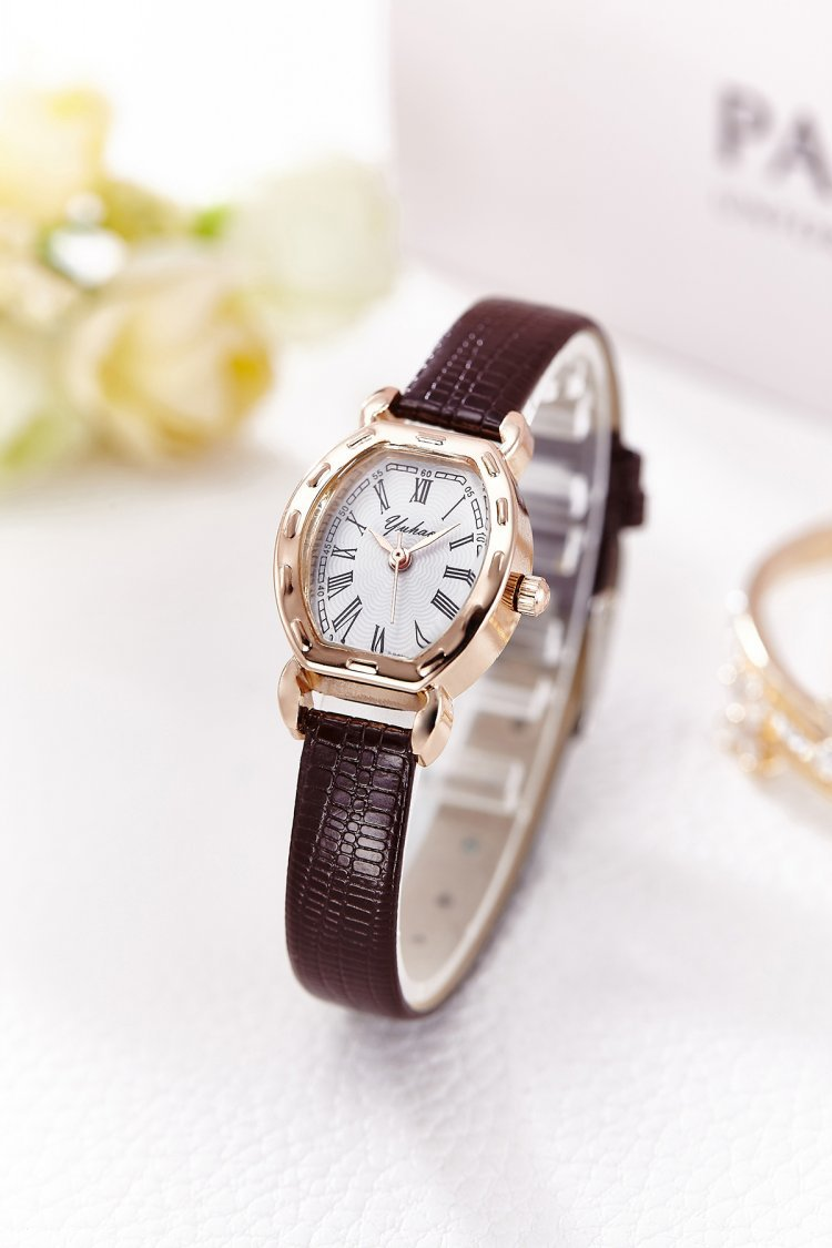 นาฬิกาแฟชั่นผู้หญิง(สีน้ำตาล)