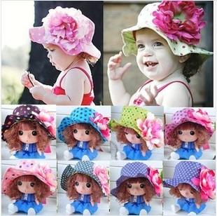 หมวกปีกเด็กหญิงลายจุด ติดดอกไม้ใหญ่ สำหรับเด็กวัย 2-5 ขวบ