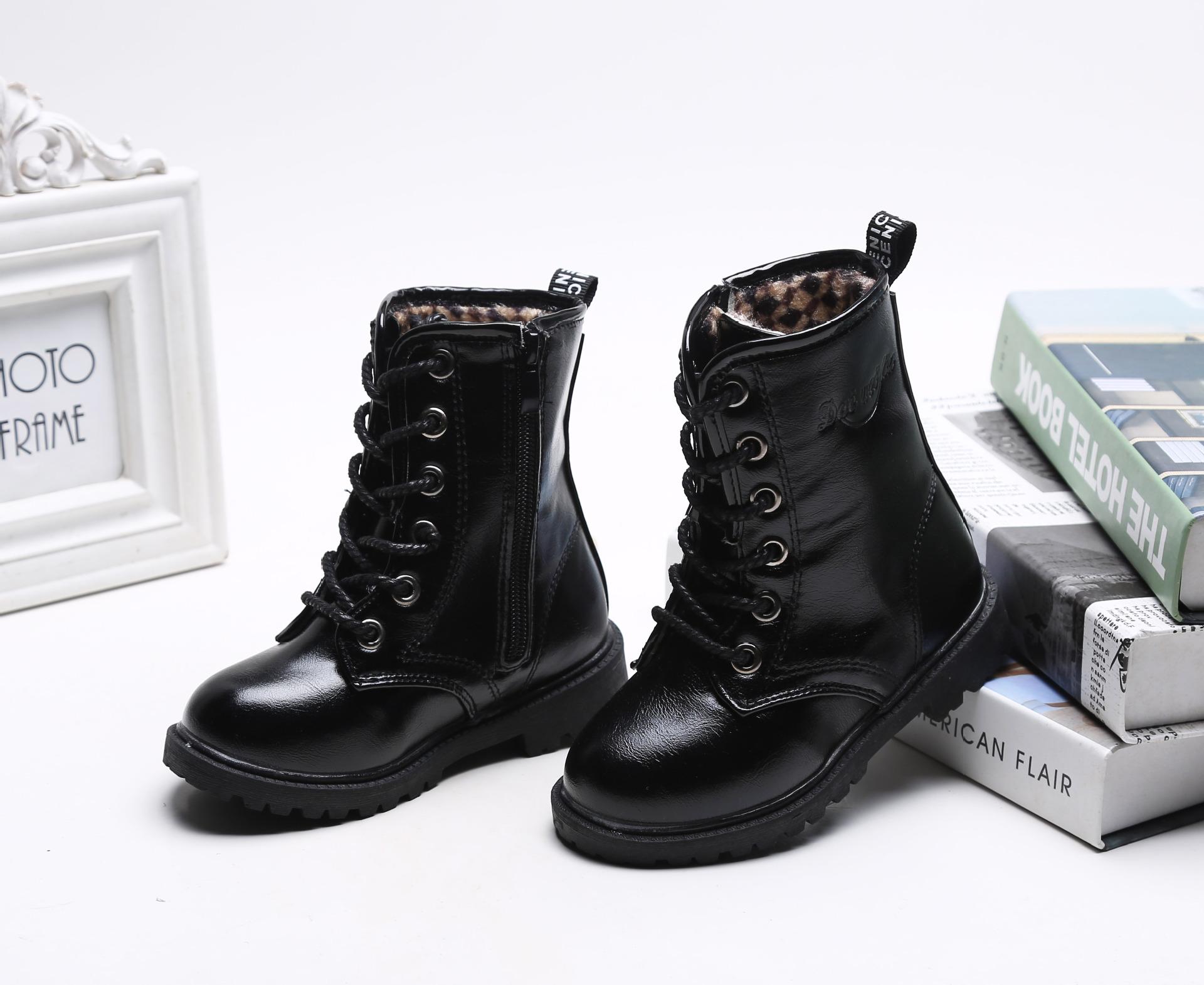 รองเท้าบู๊ทเด็ก สีดำ ผูกเชือกหลอก มีซิปข้าง เท่ห์ หรู Size 29-37