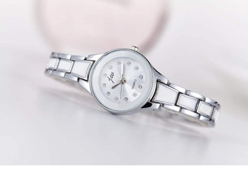 นาฬิกาแฟชั่น สีเงิน (M3)