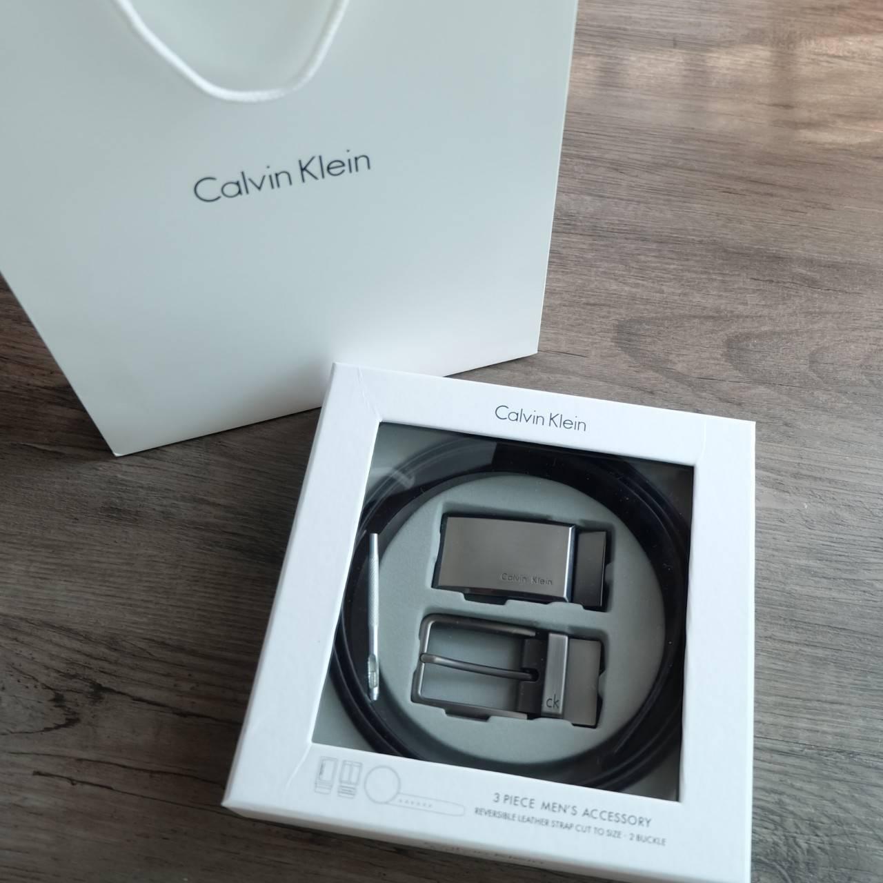 Calvin Klein Belt and Buckle Set (No.09)