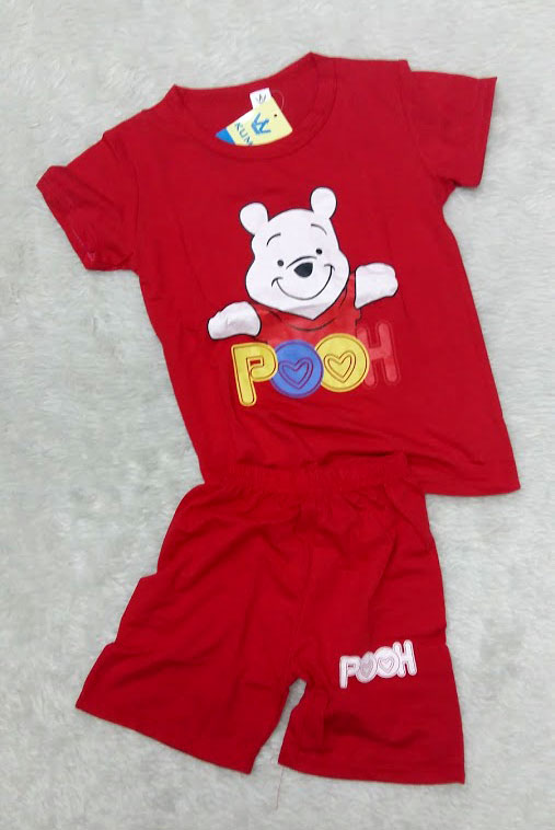 ชุดสีแดงเด็กโต เสื้อยืด+กางเกงขาสั้นเอวยางยืด หมีพูน่ารัก สำหรับเด็กวัย 3-8 ปี