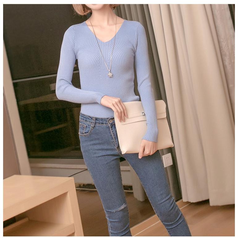 เสื้อยืดแขนยาว คอวี(สีฟ้า)