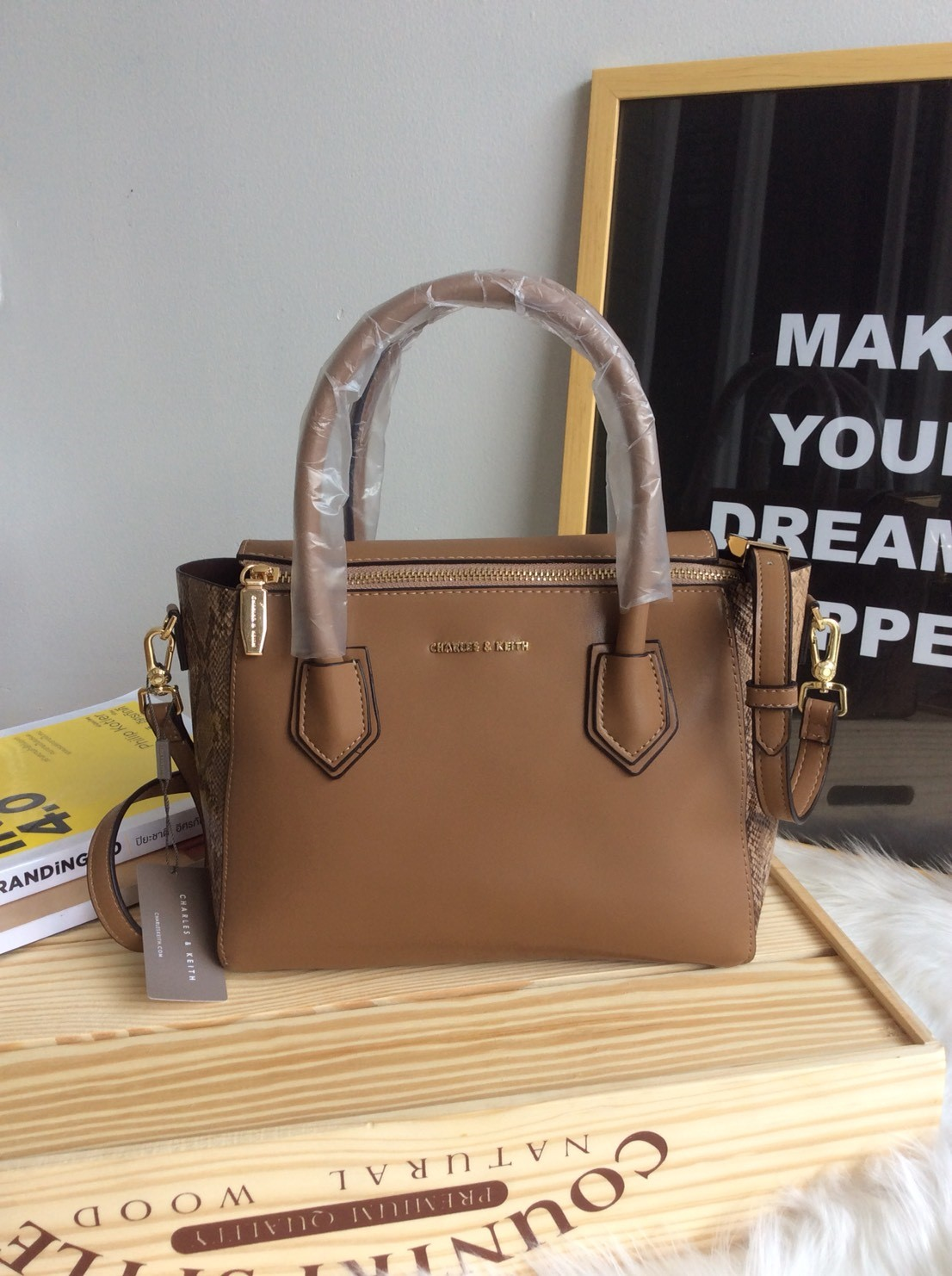 CHARLES & KEITH Double Zip Structured Bag * สินค้า outlet