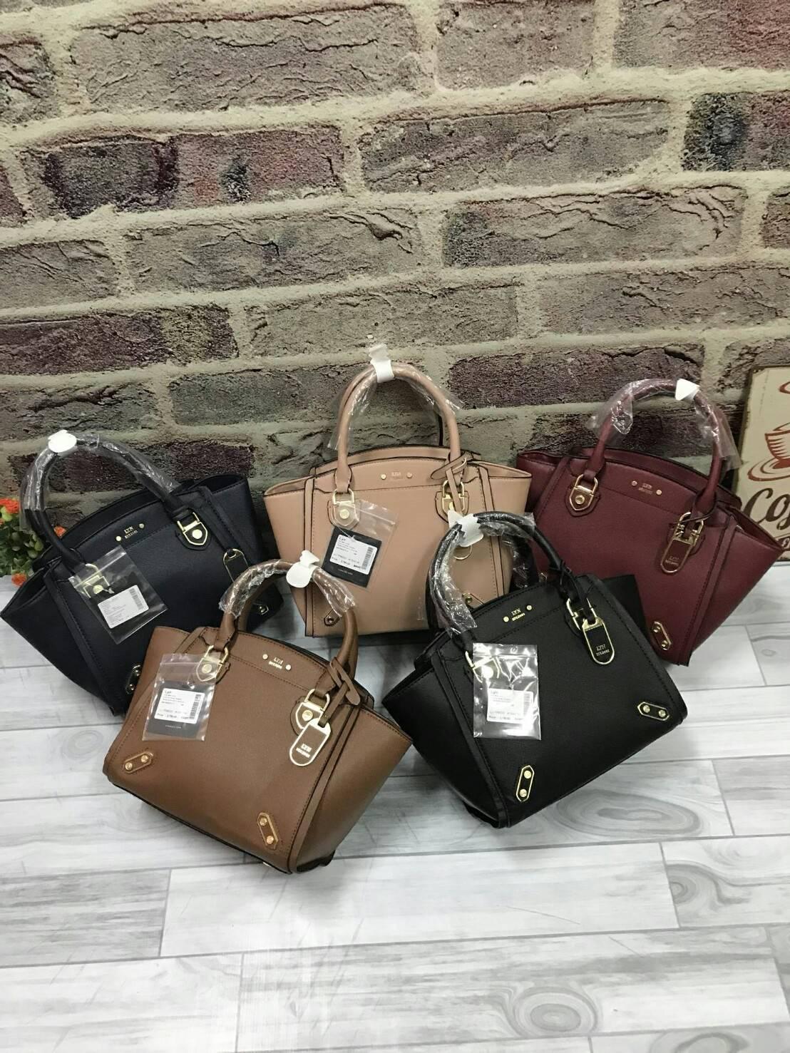 LYN Victory Bag free ถุงแบรนด์