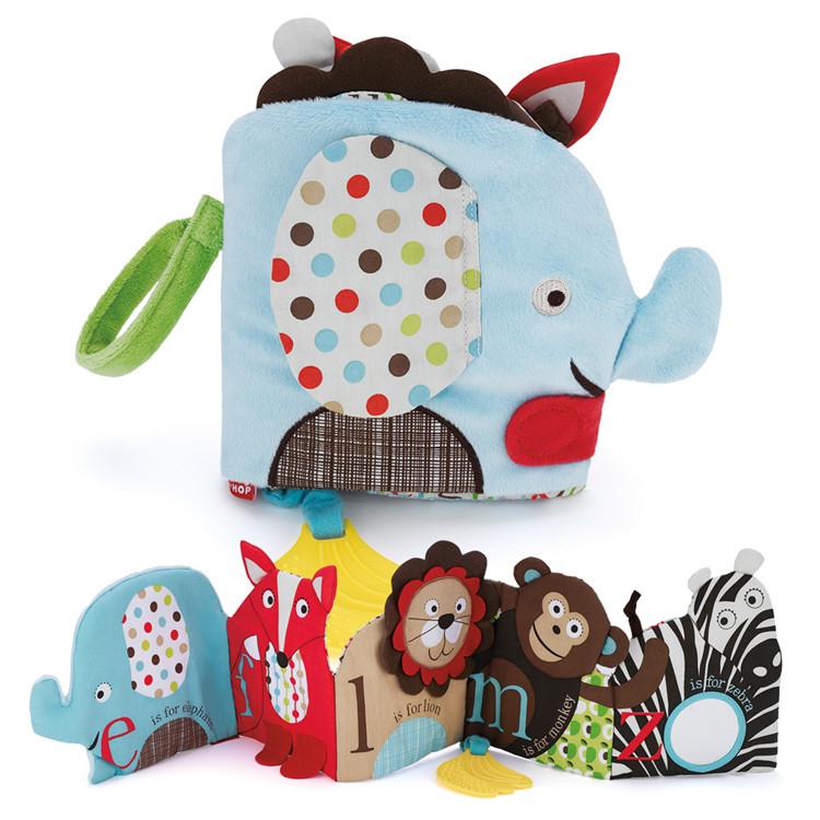 หนังสือผ้า ติดขอบเปล ช้าง SKK Baby รุ่น Alphabet Zoo