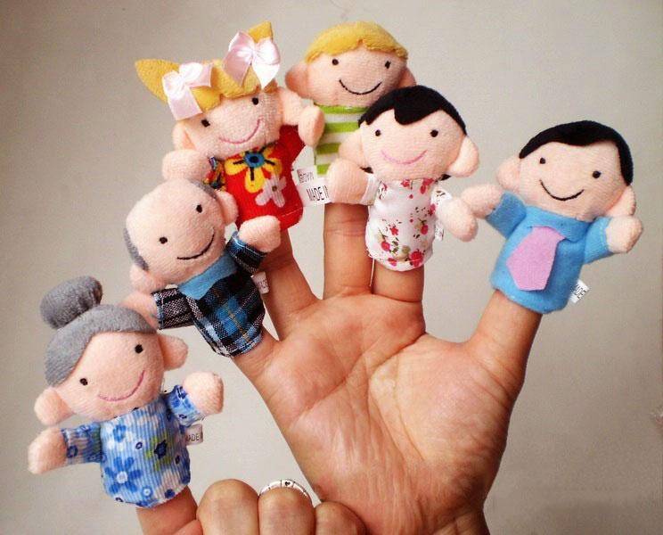 หุ่นนิ้วมือ ชุดครอบครัวสุขสันต์ Set 6 คน แบรนด์ NanaBaby