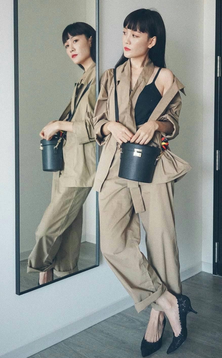 CHARLES & KEITH Handbag Disney Tsum Tsum Collection 2018 free ถุงผ้า *สินค้า Outlet