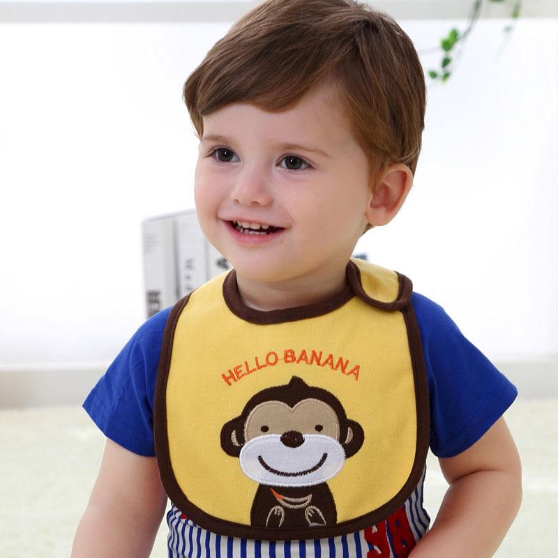 ผ้ากันเปื้อน Carter's ลายลิง Hello Banana