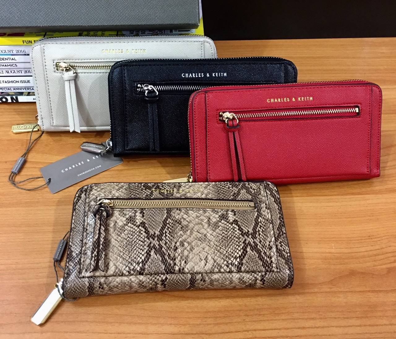 CHARLES & KEITH Long Wallet มี 4 สี