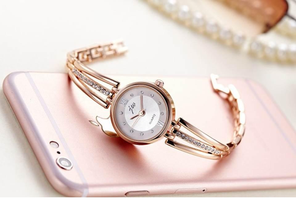 นาฬิกาแฟชั่นผู้หญิง สีทอง(M1)