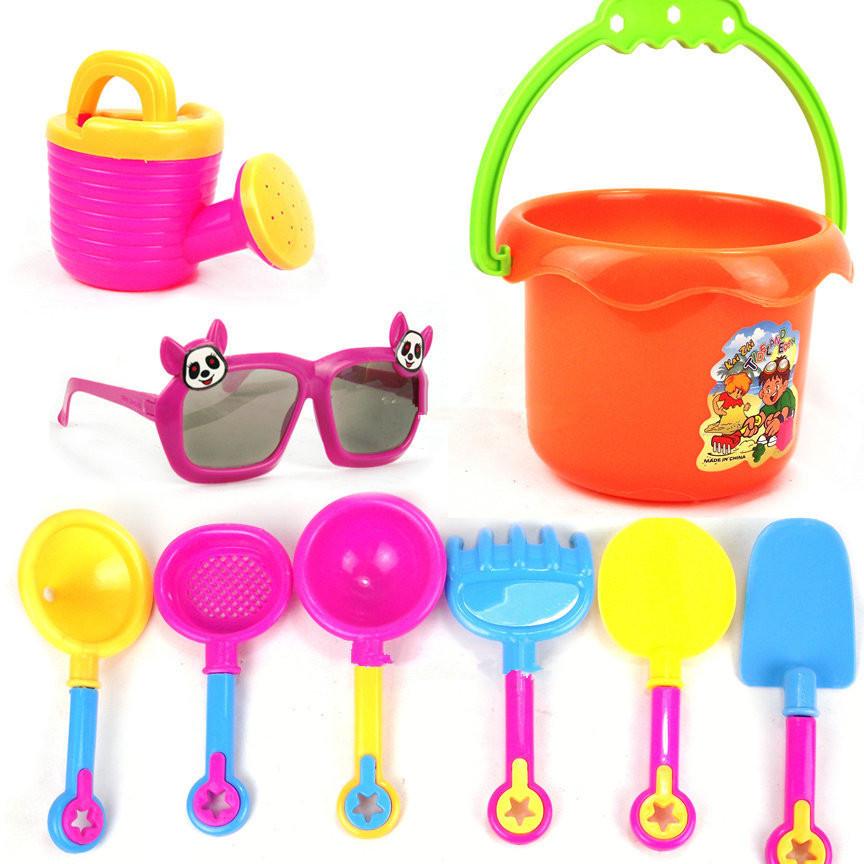 ของเล่นตักทรายครบชุด สีสันสดใส พร้อมแว่นตาไร้เลนส์สำหรับคุณหนู