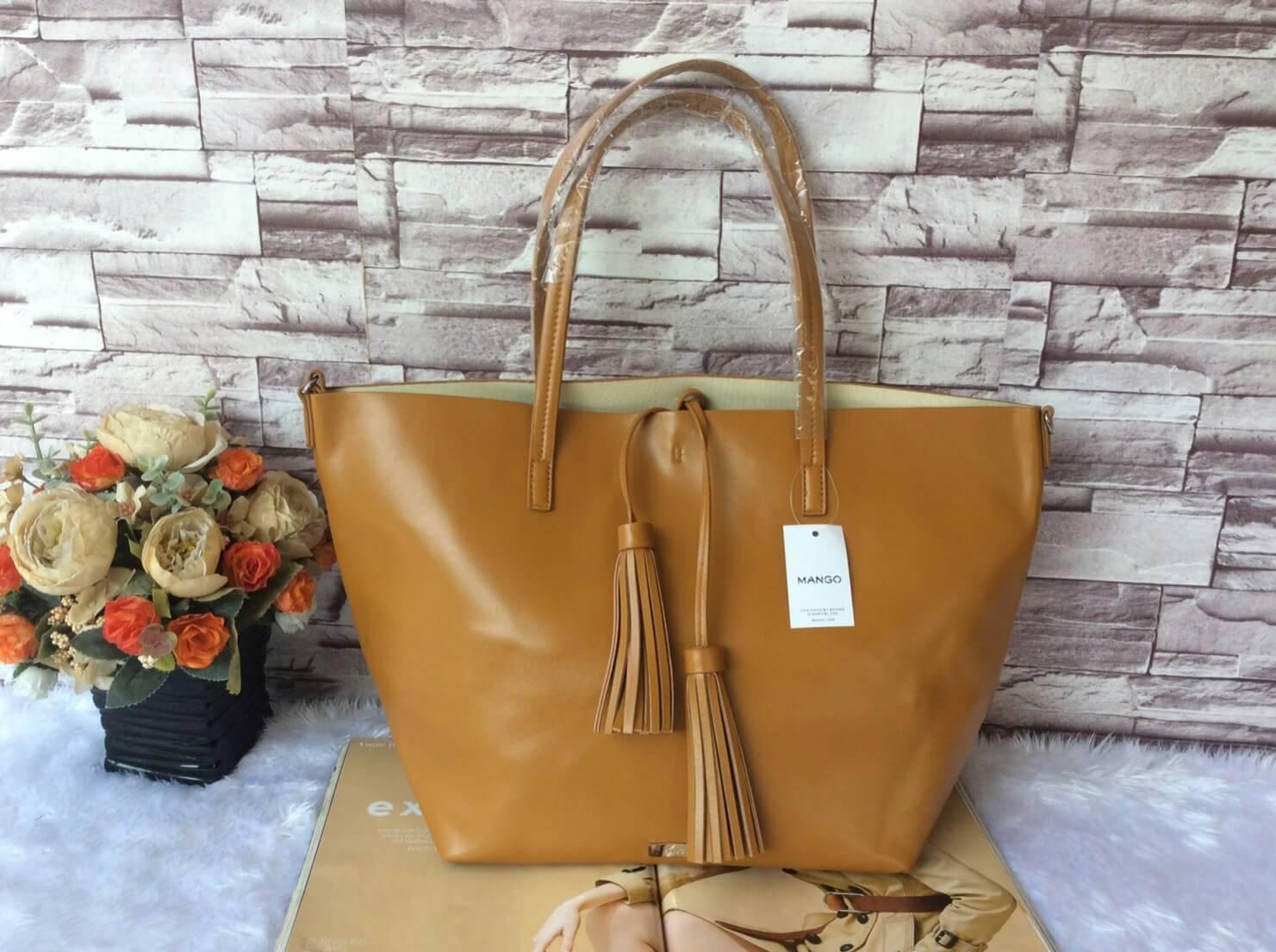 กระเป๋า MNG Shopper bag สีน้ำตาล กระเป๋าหนัง เชือกหนังผูกห้วยด้วยพู่เก๋ๆ!! จัดทรงได้ 2 แบบ