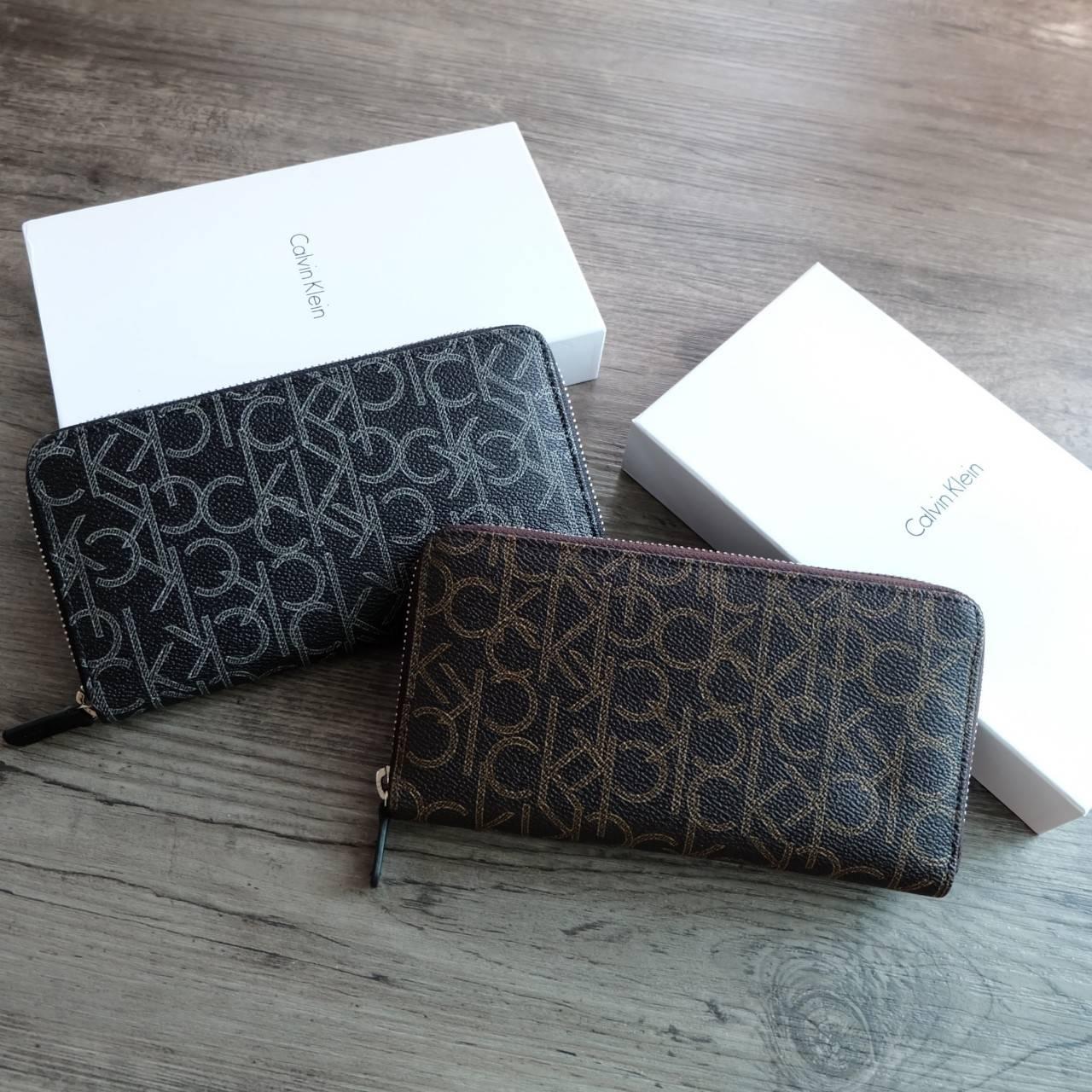 Calvin Klein Long Wallet มี 2 สีให้เลือกค่ะ