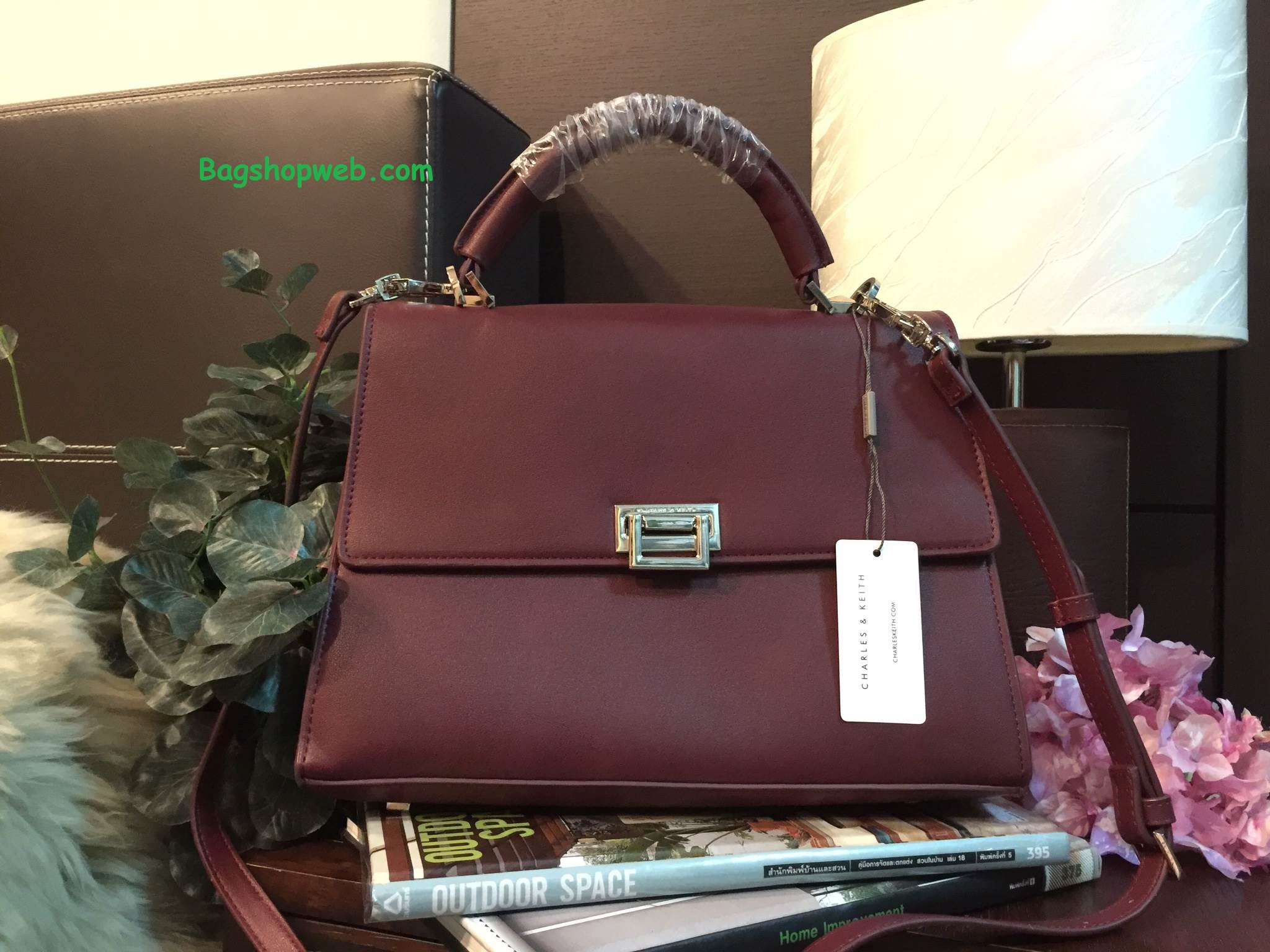 กระเป๋า CHARLES & KEITH PUSHLOCK HANDBAG Burgundy