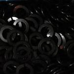 แหวนสปริงดำ