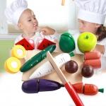 ชุดหั่นผักและผลไม้ จากไม้ธรรมชาติ สำหรับแม่ครัวตัวน้อย
