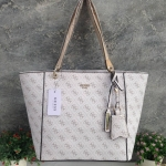 GUESS Kamryn Signature Large Tote free ถุงผ้า