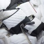 กระเป๋าสะพายแฟชั่น แบบสวยๆงานสไตล์ฮิต 2017 สีขาว Size 8 นิ้ว
