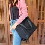 KEEP travel and gym handbag กระเป๋า ทรง big pillow