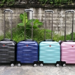 SWISS Travel Bag with 4 Wheel ใส่โน๊ตบุ๊คได้ ขนาด 16 x 16 นิ้ว *กันเจาะกรีด