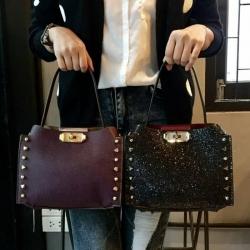 Charles & Keith Stud Detail Hand Bag 2018 มี 2 สีให้เลือกนะคะ