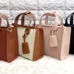 CHARLRS & KEITH Structured Top Hand Bag 2018 free ถุงผ้า มี 4 สีให้เลือกค่ะ
