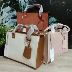 CHARLES & KEITH Structured Top Handbag free ถุงผ้า มี 3 สีให้เลือกค่ะ