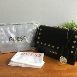 GUESS Crossbody Bag free ถุงผ้า