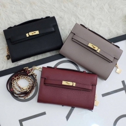 KEEP Ellis Genuine Leather Clutch free ถุงผ้า