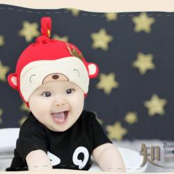 HT405••หมวกเด็ก•• / หมวกบีนนี่-หมีมงกุฎ (สีแดง)