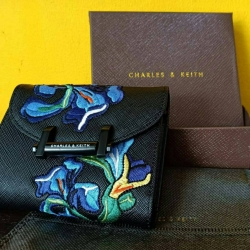 CHARLES & KEITH Short Wallet Van Goh Series