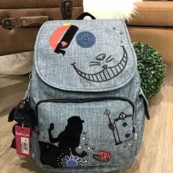 Kipling Disney's Alice in Wonderland Cheshire Cat Grins *สินค้า outlet