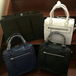 CHARLES & KEITH Zipper Detail Handbag free ถุงผ้า *สินค้า outlet