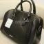 กระเป๋า Mango Quilted Bowling Bag ทรงหมอน รุ่นยอดนิยม ใช้ง่ายเข้าได้กับทุกชุด thumbnail 3