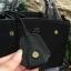 กระเป๋าถือหรือสะพาย LYN PETITE LUCIA พร้อมส่ง รุ่นยอดนิยมวัสดุหนัง saffiano ทรง A อยู่ทรงสวยขนาดกำลังดีมีหูจับ ถนัดมือภายในมีช่องแบ่ง3ช่อง ช่องซิปกลาง1ช่องและช่องใส่มือถือสะดวกใช้ ตัวกระเป๋าเปิด-ปิดด้วยกระดุมแม่เหล็ก หัวซิปสีทอง อะไหล่สีทองปั้มโลโก้ทุกจุด thumbnail 10