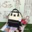 กระเป๋าเป้ Anello Polyurethane Leather Rucksack รุ่น Mini Two-Tone ใหม่ล่าสุด!!! ดังจนฉุดไม่อยู่ในหมู่วัยรุ่นของประเทศญี่ปุ่นมาแล้วคร้า... วัสดุหนัง pu หนังนิ่ม กันน้ำได้ ภายในมีช่องเล็ก 2 ช่อง เปิดปิดด้วยซิปคู่ ปากกระเป๋าเป็นโครงสะดวกต่อการหยิบจับของภายใ thumbnail 4