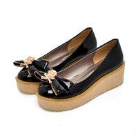 ** ไซส์ 42 ** รองเท้าส้นเตารีด สูง 2.5 นิ้ว สีดำ แต่งหัวกะโหลกด้านหน้า แบบแนวๆ เก๋ หนังสีดำเงา PU รองเท้าไซส์ใหญ่ รองเท้าไซส์พิเศษ