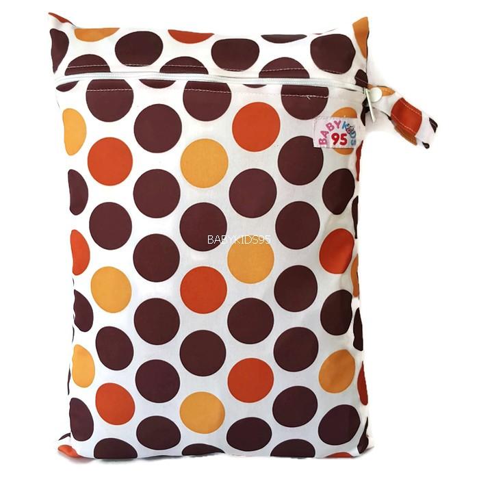 ถุงผ้ากันน้ำ 1 ช่อง Size: L (หูจับกระดุม) i2 -Brown Dots