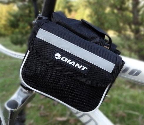กระเป๋ากันน้ำแขวนเฟรมจักรยาน มีแถบสะท้อนแสง มี 3 สี ดำ, แดง, น้ำเงิน จำนวนจำกัด
