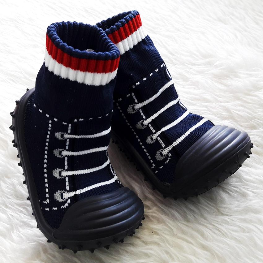 รองเท้าถุงเท้าพื้นยางหัดเดิน ลายรองเท้ากีฬา สีดำ size 19-23