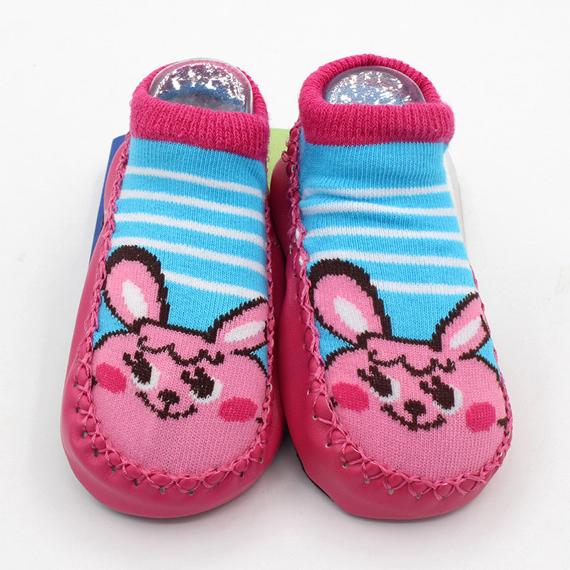 ถุงเท้ารองเท้า มีกันลื่น เนื้อผ้านุ่มนิ่ม สำหรับเด็กวัย 0-2 ปี ลายกระต่ายสีบานเย็น