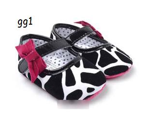 รองเท้าเด็ก มี3ไซส์ Size 3, 4, 5 (กรุณาเลือกไซส์ที่ต้องการ อ่านต่อรายละเอียดไซส์)