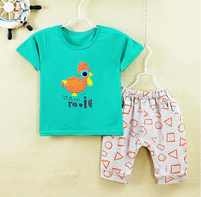 ชุดเด็กเล็ก เสื้อแขนสั้น+กางเกงสามส่วน ผ้านิ่มเด้ง ลายนกกระจอกเทศ มีขนาดสำหรับเด็ก 0-4 ขวบ