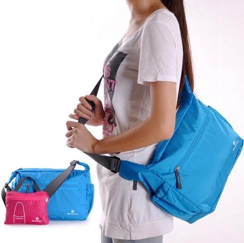 กระเป๋าสะพายพับเก็บได้ ผลิตจากไนล่อนกันน้ำคุณภาพดี พกพาสะดวก คุ้มค่า มีให้เลือก 7 สี